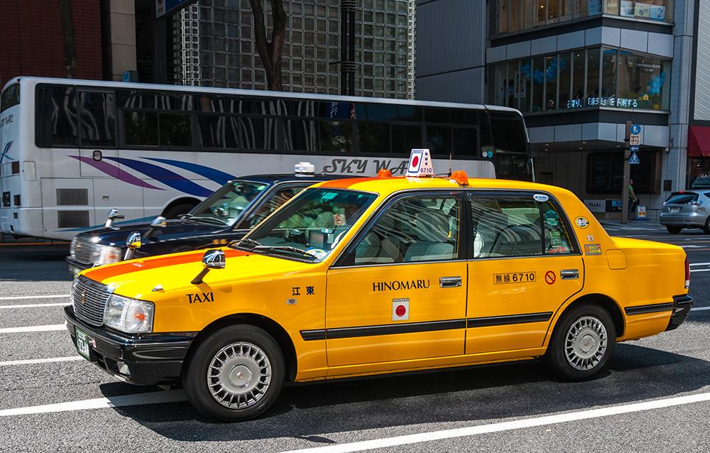 話し上手な必要はナシ!? タクシー運転手の会話のコツを習得しよう
