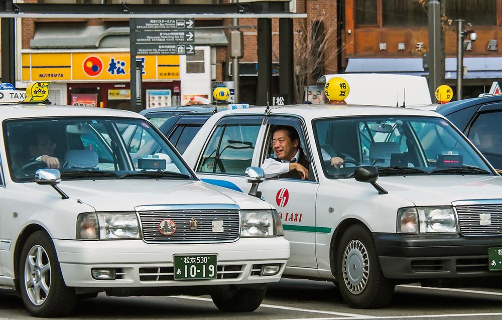 日勤? 隔日勤務? タクシードライバーの働き方とそれぞれのメリット
