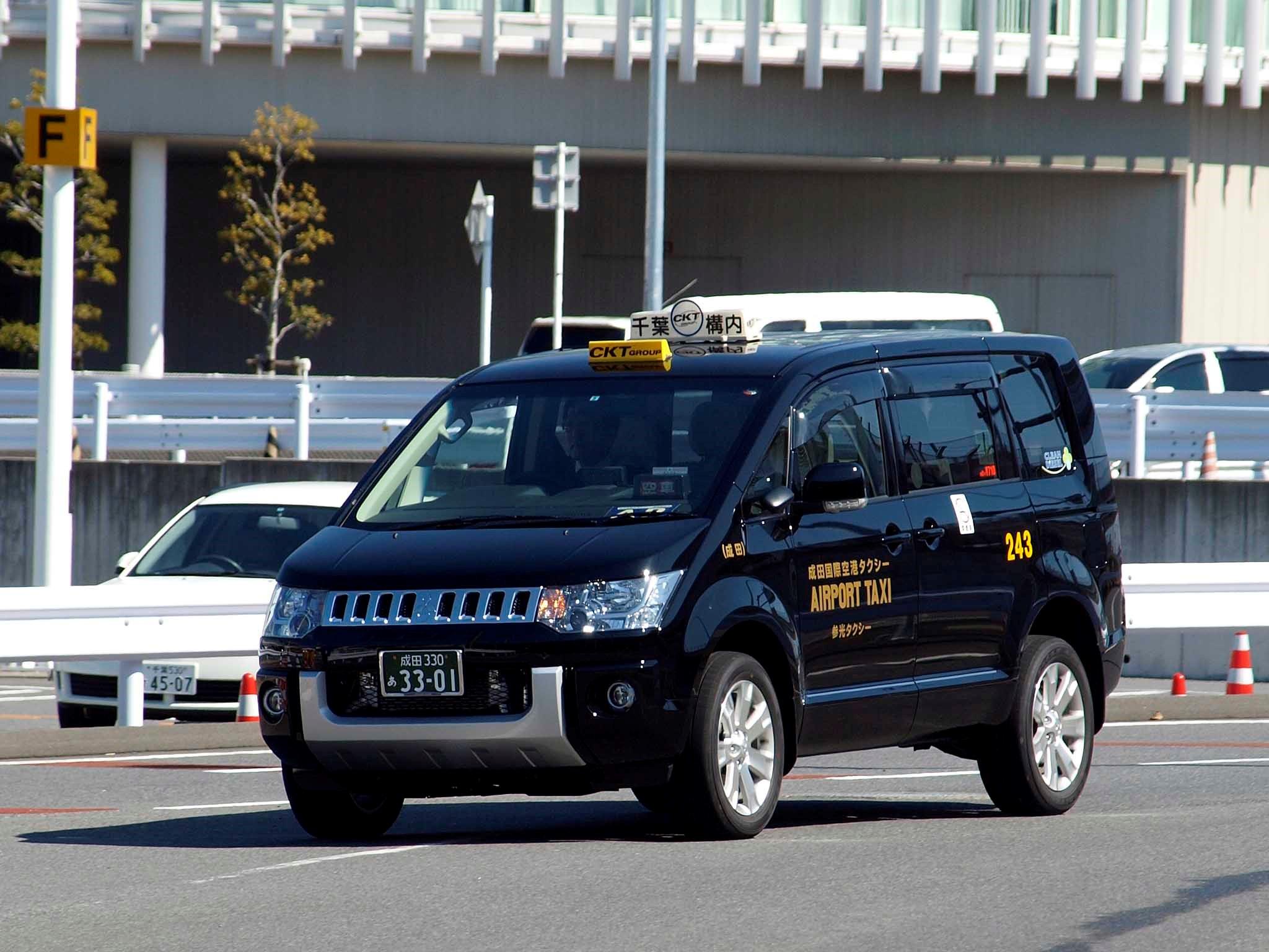 神戸 タクシー 転職